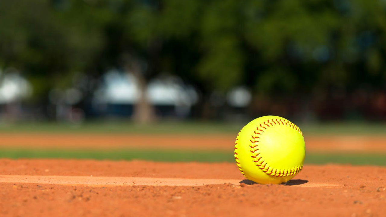 softball-background2